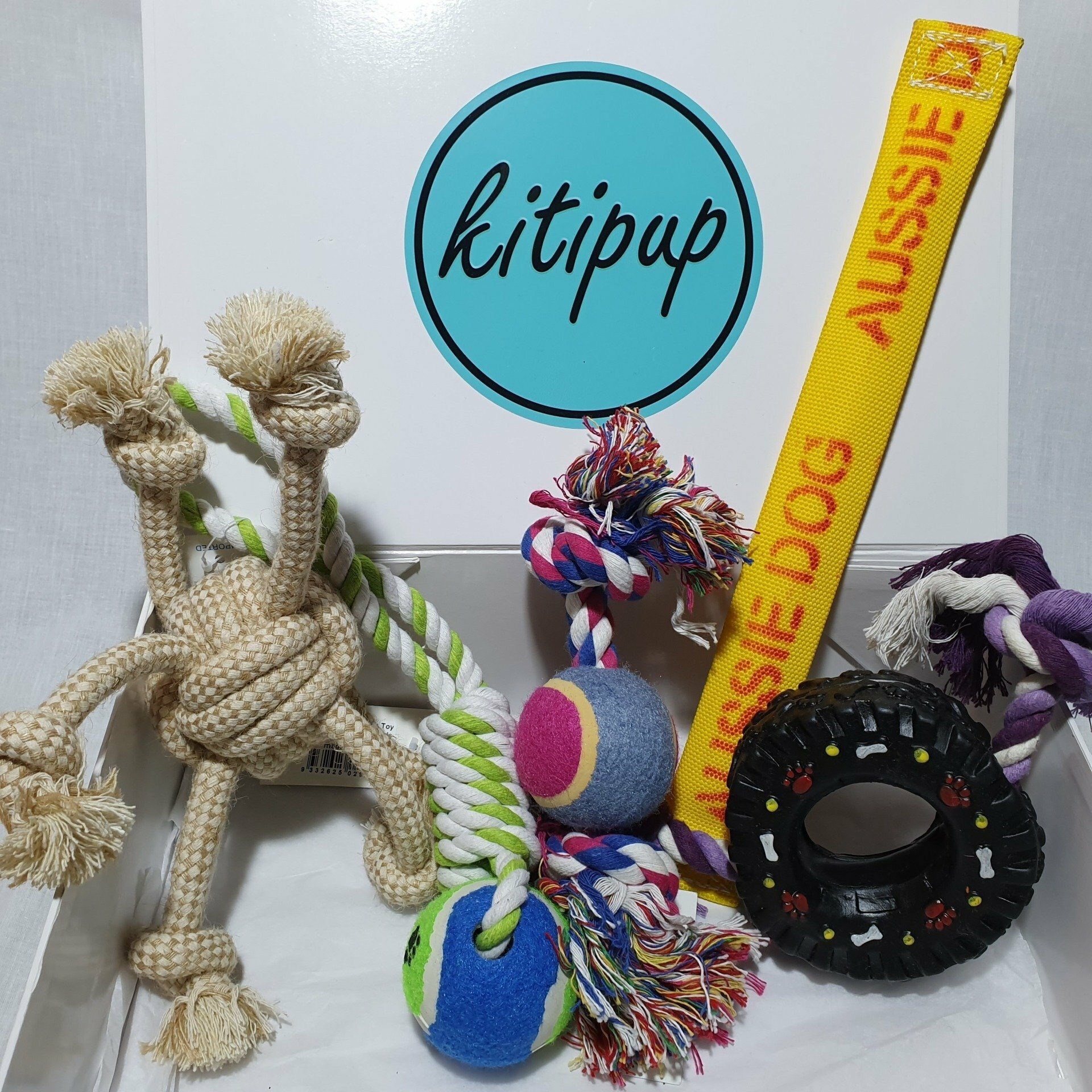 Tug Of War Gift Box